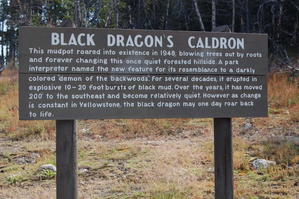 Information on Black Dragon's Caldron in the Mud Volcano area in Yellowstone National Park